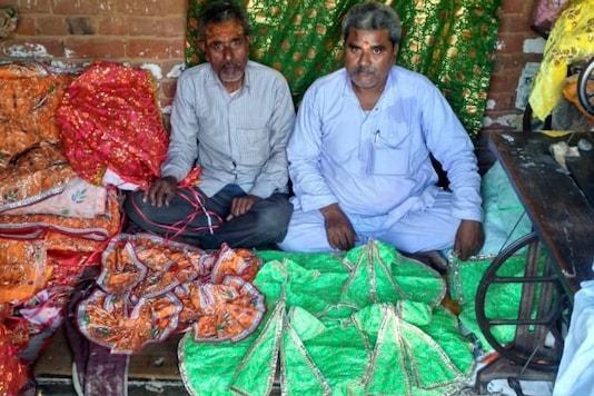 Shankar Lal Srivastava and Bhagwat Prasad 'Pahadi'. (News18)