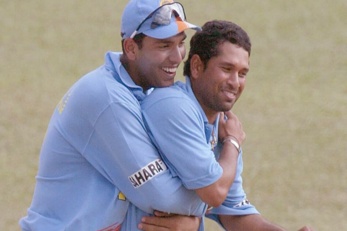 Sachin Tendulkar, Yuvraj Singh Strike Pose in PPE Kits Ahead of Road Safety Series - See Photo