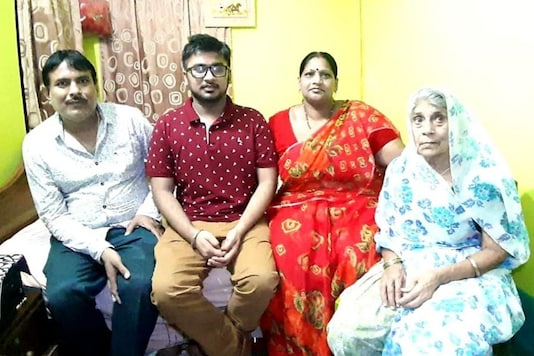 Saurav Chordia (Second from Left) with his family. (Image: News18)
