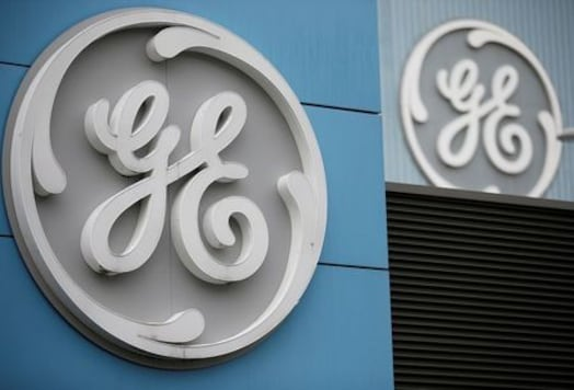 GE burns less cash than expected even as pandemic pummels earnings