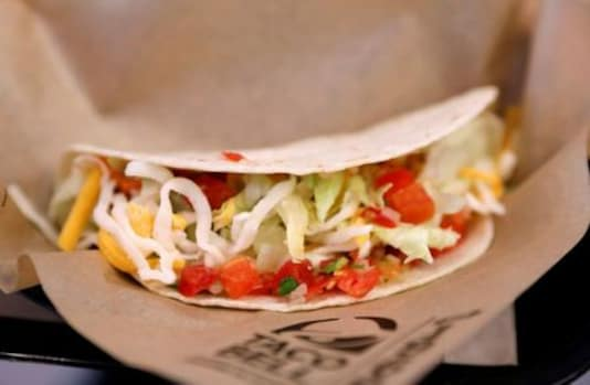 Pizza, taco cravings in lockdowns propel Yum Brands quarterly beat