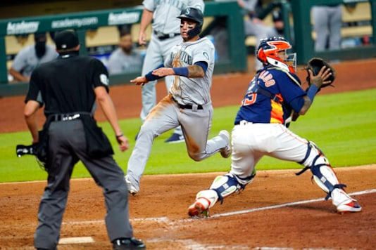 MLB: Houston Astros Lose 7-6 to Seattle Mariners, Announce Justin Verlander Injury