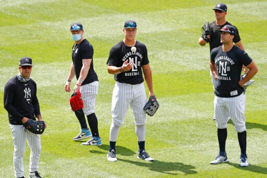 DJ LeMahieu back with New York Yankees after recovering from COVID-19