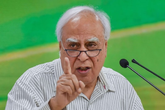 Kapil Sibal was among the few leaders who had at the meeting with Sonia Gandhi voiced that Congress needs to have more effective communication. (File Photo: PTI)