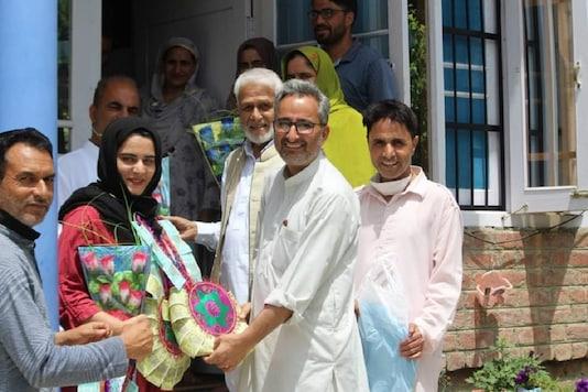 Nadia Baig from Kashmir has cracked UPSC Exam 2019.