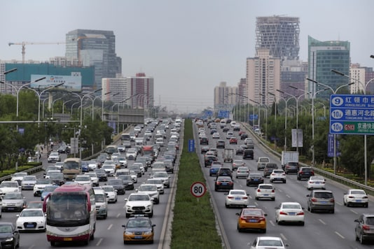 Cars drive on the road during the morning rush hour in Beijing, China. (Reuters photo)