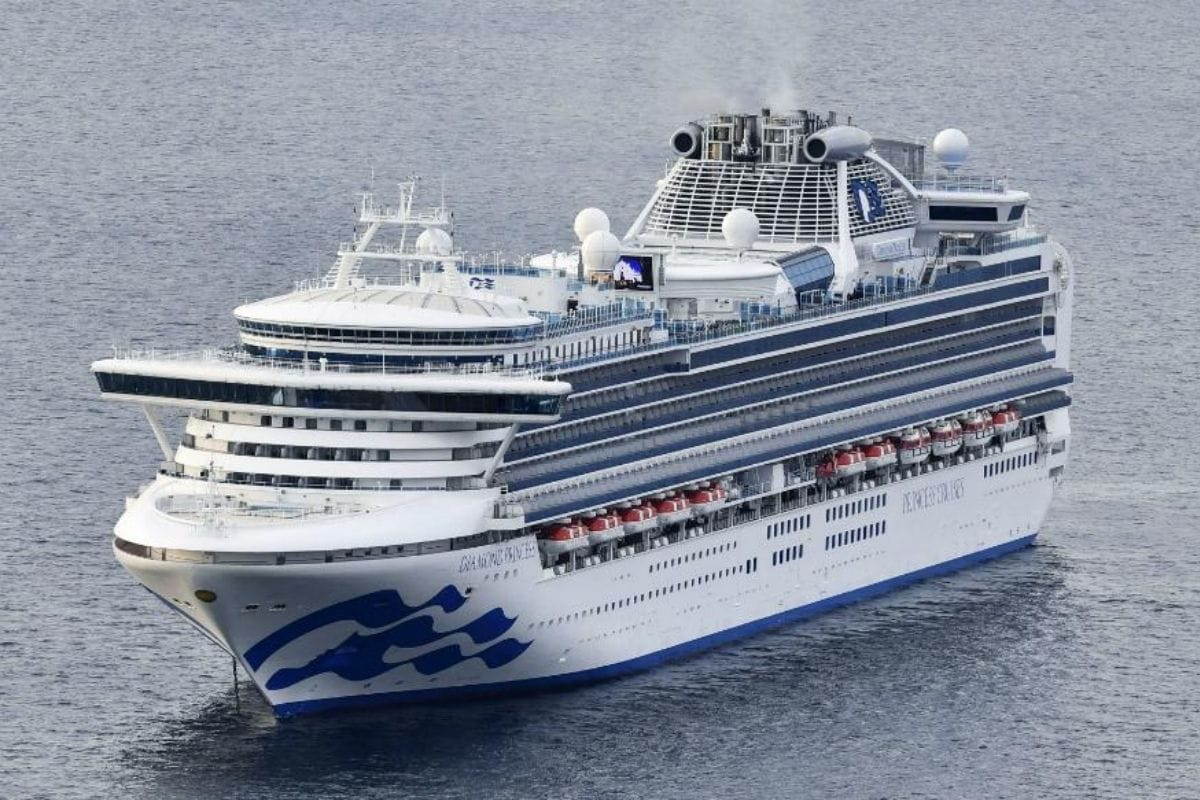 Dozen Crew Members on First Post-pandemic Greek Cruise Contract Coronavirus