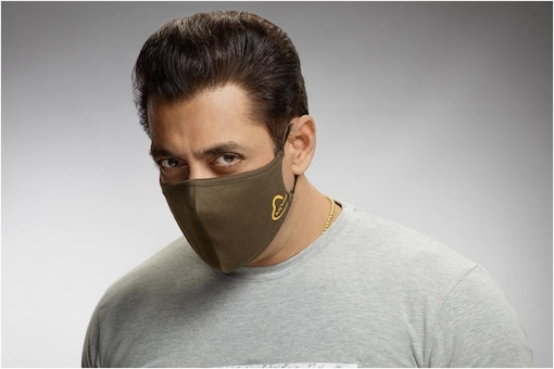 'Sure that You're Still Being Human?': Salman Khan Trolled for Tweeting Pic Wearing Mask of His Brand