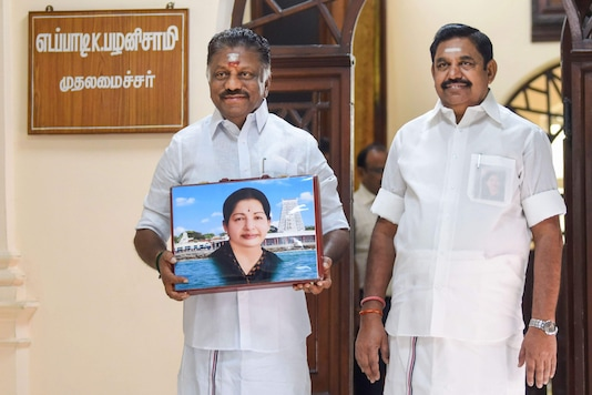 File photo of Tamil Nadu CM E Palaniswami (right) and deputy O Panneerselvam.