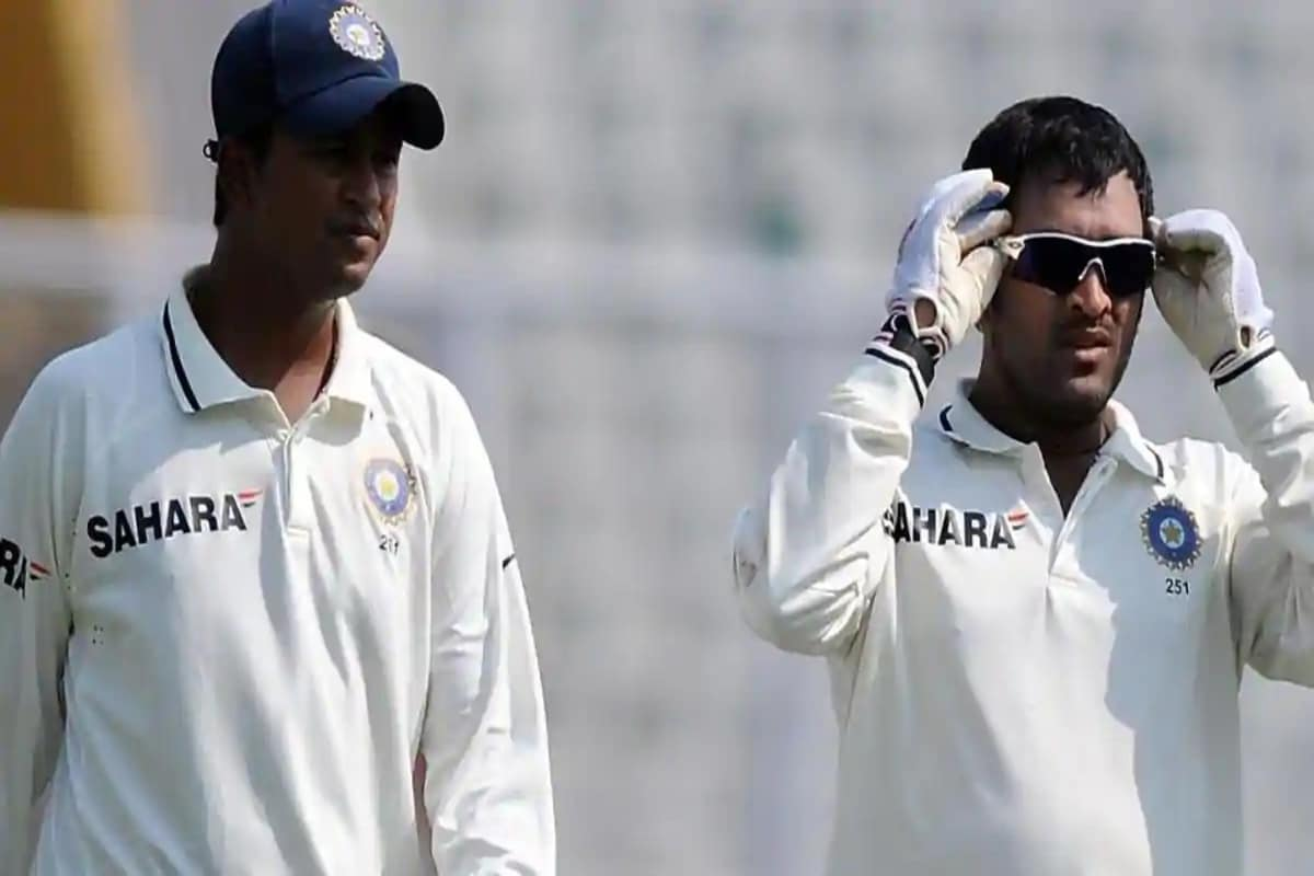 IPL 2020: Pragyan Ojha Roots for MS Dhoni, Says He Has Given His Best at Every Stage
