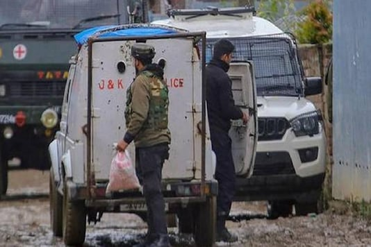 File photo of J&K police. (Photo: PTI)
