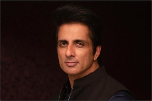 Migrants' Messiah Sonu Sood Comes out in Support of Students against Conducting JEE & NEET Exams