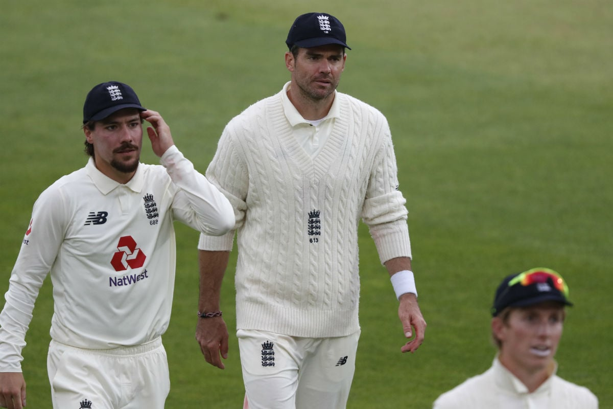 England vs Pakistan: James Anderson Kept Waiting for 600th Wicket as Azhar Ali and Co. Frustrate Hosts