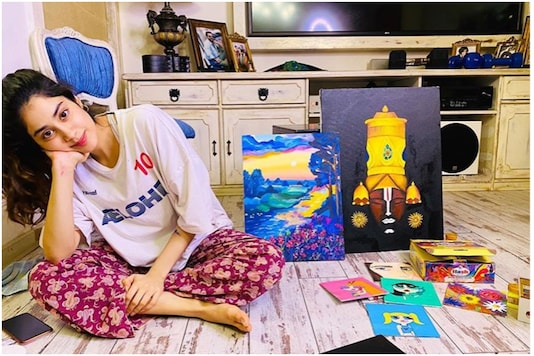 Janhvi Kapoor Has Been Trying Her Hand at Painting, Take a Look at What She's Created