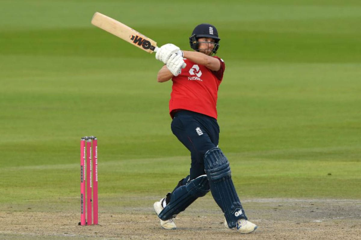In Pics, England vs Pakistan, Second T20I at Manchester: Eoin Morgan Leads the Charge for England