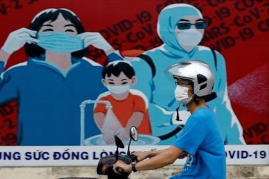 Vietnam reports 12 more COVID-19 cases, total rises to 558