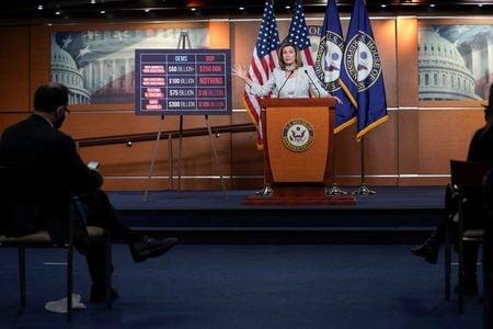 Trump says ready to move on coronavirus aid, blames Democrats for holdup