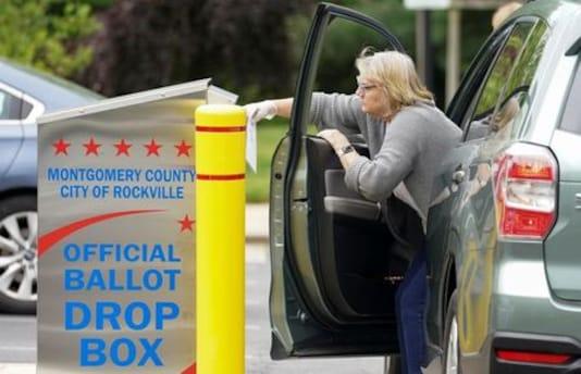 U.S. postal chaos prompts Democrats to reassess mail-ballot plan