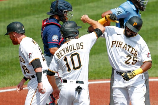 Pittsburgh Pirates Rally Past Minnesota Twins 6-5 to End 7-game Losing Streak