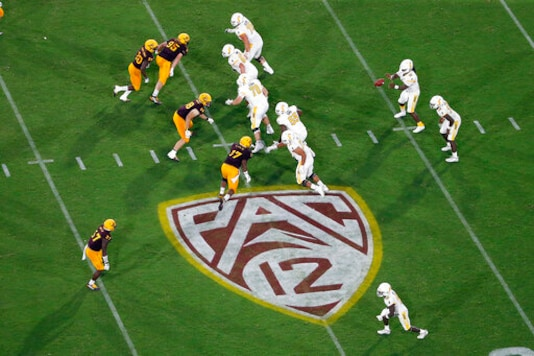 AP Source: Pac-12 Commissioner meets with player group