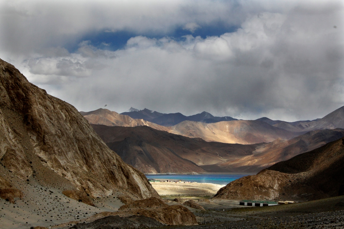 Order on New Land Laws Does Not Impact Ladakh, Say MHA Officials After Gupkar Alliance's 'For Sale' Charge