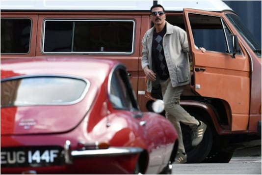 Akshay Kumar on 'Bellbottom' set