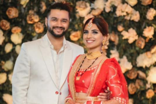 In Pics: Balraj Syal Ties the Knot with Singer Deepti Tuli in Private Ceremony