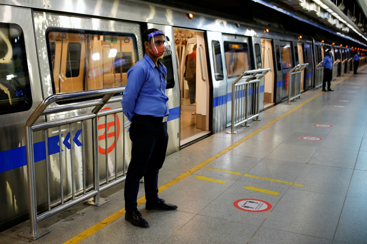 SBI Card Launches Contactless Multi-purpose Card in Partnership with Delhi Metro