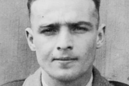 Edgard Tupet-Thome helped British forces with their evacuation from Dunkirk in 1940. Credits: Twitter