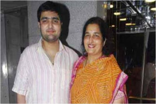 Singer Anuradha Paudwal's Son Aditya Paudwal Passes Away At 35 Due To Kidney Failure