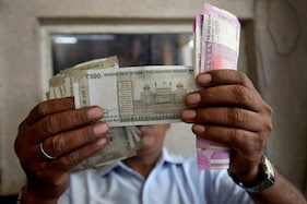 Fortune Smiles on Kerala Lottery Seller as Unsold Ticket Makes Him Crorepati