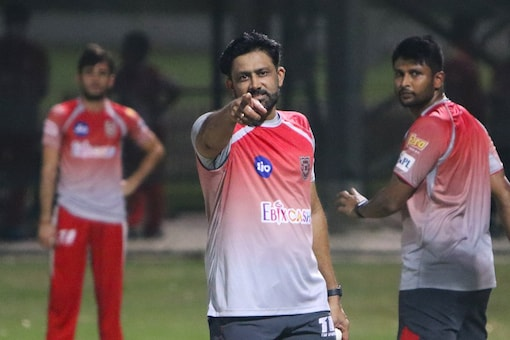 Anil Kumble confident that KXIP will bounce back (Image: Twitter: @lionsdenkxip)