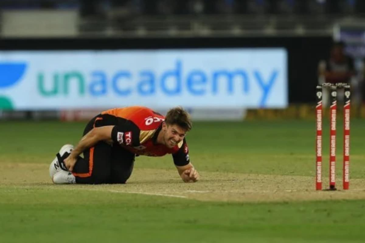 IPL 2020: Mitchell Marsh Suffers Ankle Injury, Leaves Game Midway Against Royal Challengers Bangalore