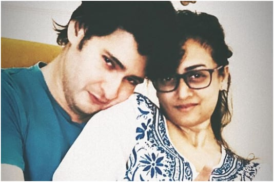 Namrata Shirodkar Shares Romantic Picture with Mahesh Babu Clicked by Their Daughter Sitara