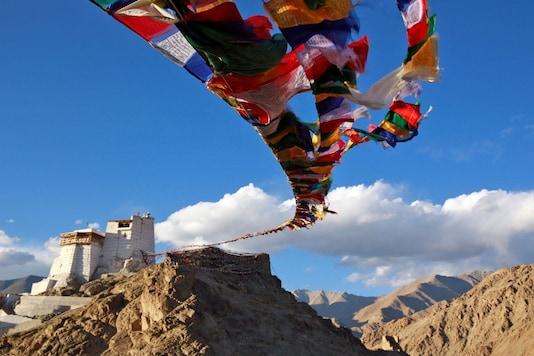 Prayer flags fly at Namgyal Tsemo Monastery above the town of Leh in Ladakh, India September 24, 2016. REUTERS/Cathal McNaughton