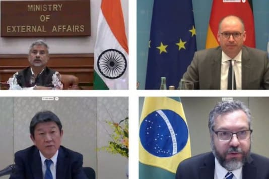 """The G-4 nations of India, Germany, Brazil and Japan on Wednesday called for a """"decisive push"""" for the long-delayed reforms of the UN Security Council."""