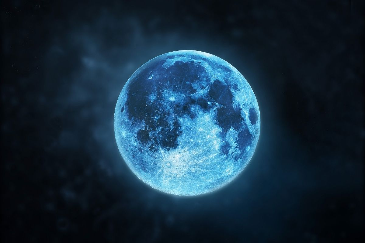 Rare 'Blue Moon' to Light Up the Sky on Halloween 2020 This October, Here's  All You Need to Know