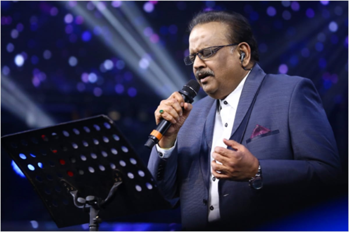 Remembering SP Balasubrahmanyam: Bollywood Songs of Singer that Made '90s Fall in Love with the Idea of Love