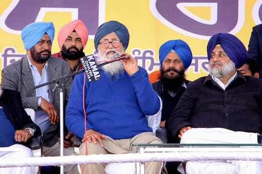Akali Dal patriarch Parkash Singh Badal (Centre) with party president Sukhbir Singh Badal (right) and other leaders addresses their 'Rosh' rally at Rajasansi, near Amritsar, on February 13, 2020. (PTI Photo)