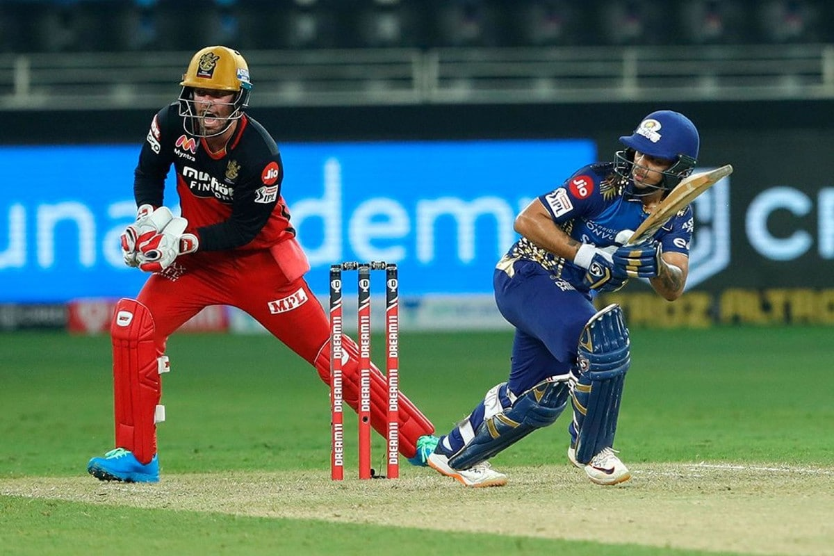 IPL 2020: AB de Villiers in Wicketkeeper's Role Adds More Balance to Side, Says RCB's Washington Sundar