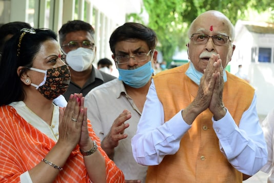 Senior BJP leader LK Advani, with his daughter Pratibha Advani (left) and son Jayant after the verdict on Wednesday. (PTI)