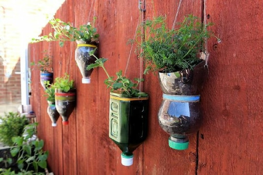 DIY: Turn Plastic Waste to Craft and Attractive Pieces