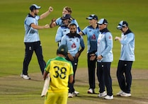 Australia Without Smith, England Batting 1st In ODI Decider