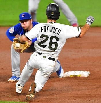 Baez And Hendricks Lead Cubs Over Pirates.