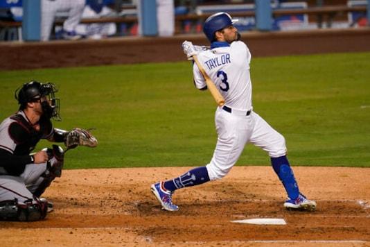 Taylor, Urías Propel Streaking Dodgers Past D-backs, 6-3