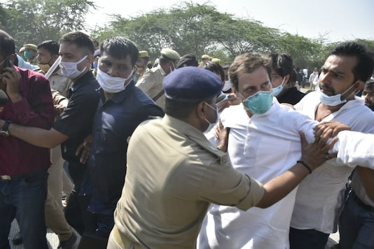 Rahul Gandhi being stopped by police on the Yamuna Expressway.