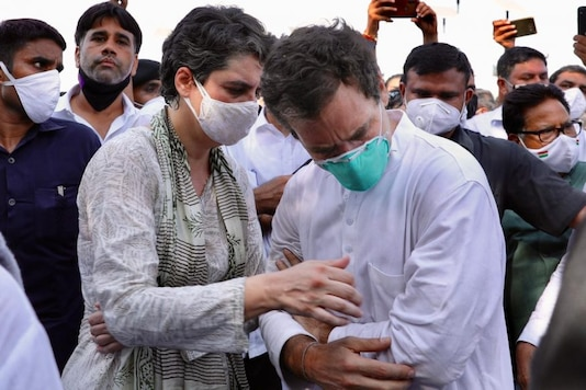Rahul and Priyanka Gandhi during a melee with UP Police on the Yamuna Expressway on Thursday. (Image: Special Arrangement)