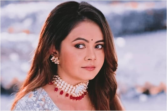 Devoleena Bhattacharjee Slams Bigg Boss 14 Contestants For Making Fun of Vikas Gupta's Ill Health