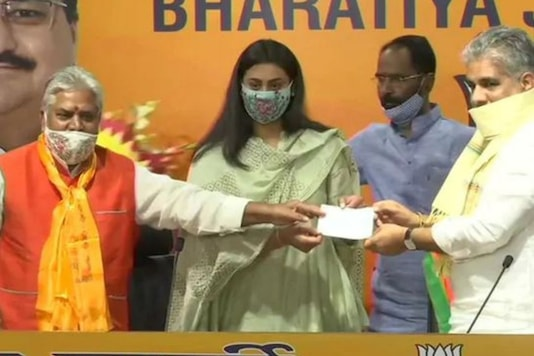 She joined the BJP at the party headquarters in Delhi in the presence of its general secretaries Bhupender Yadav, who is in charge of its Bihar affairs, and Arun Singh. (Image: ANI)