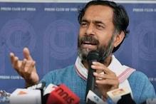 Farmers of Punjab, Haryana Will Be Devastated by Closure of 'Mandis', Says Yogendra Yadav